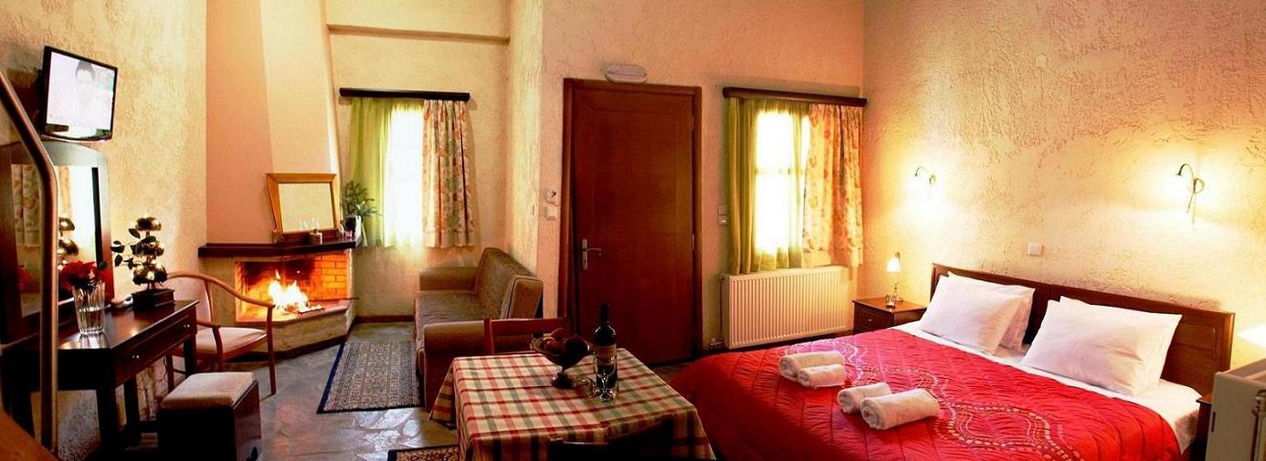 Μεσοστράτι, καρπενήσι ξενώνες μεγάλο χωριό ευρυτανίας