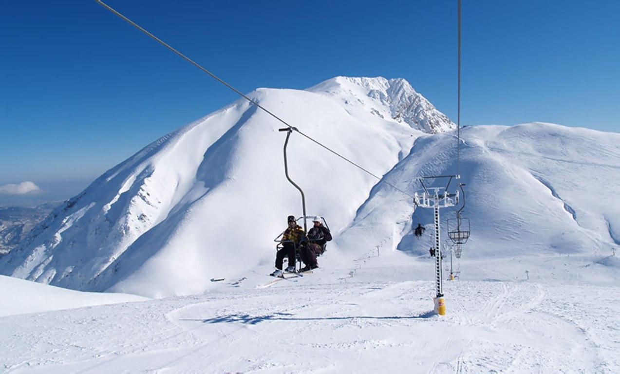Αποτέλεσμα εικόνας για Αράχωβα χιονοδρομικό κέντρο